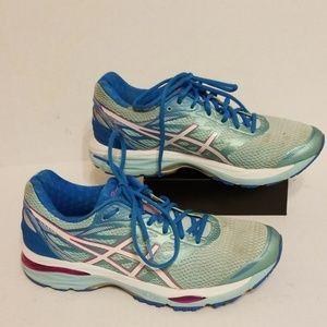 Asics Gel-Cumulus 18 women's shoes size 10.5